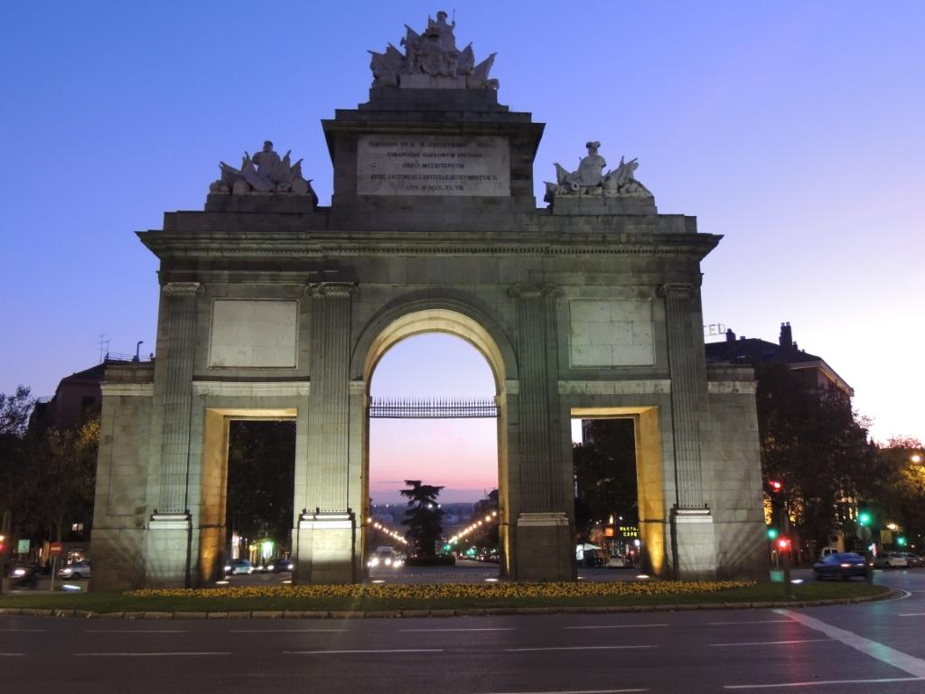 Puerta De Toledo En Madrid Curiosidades En Espa A